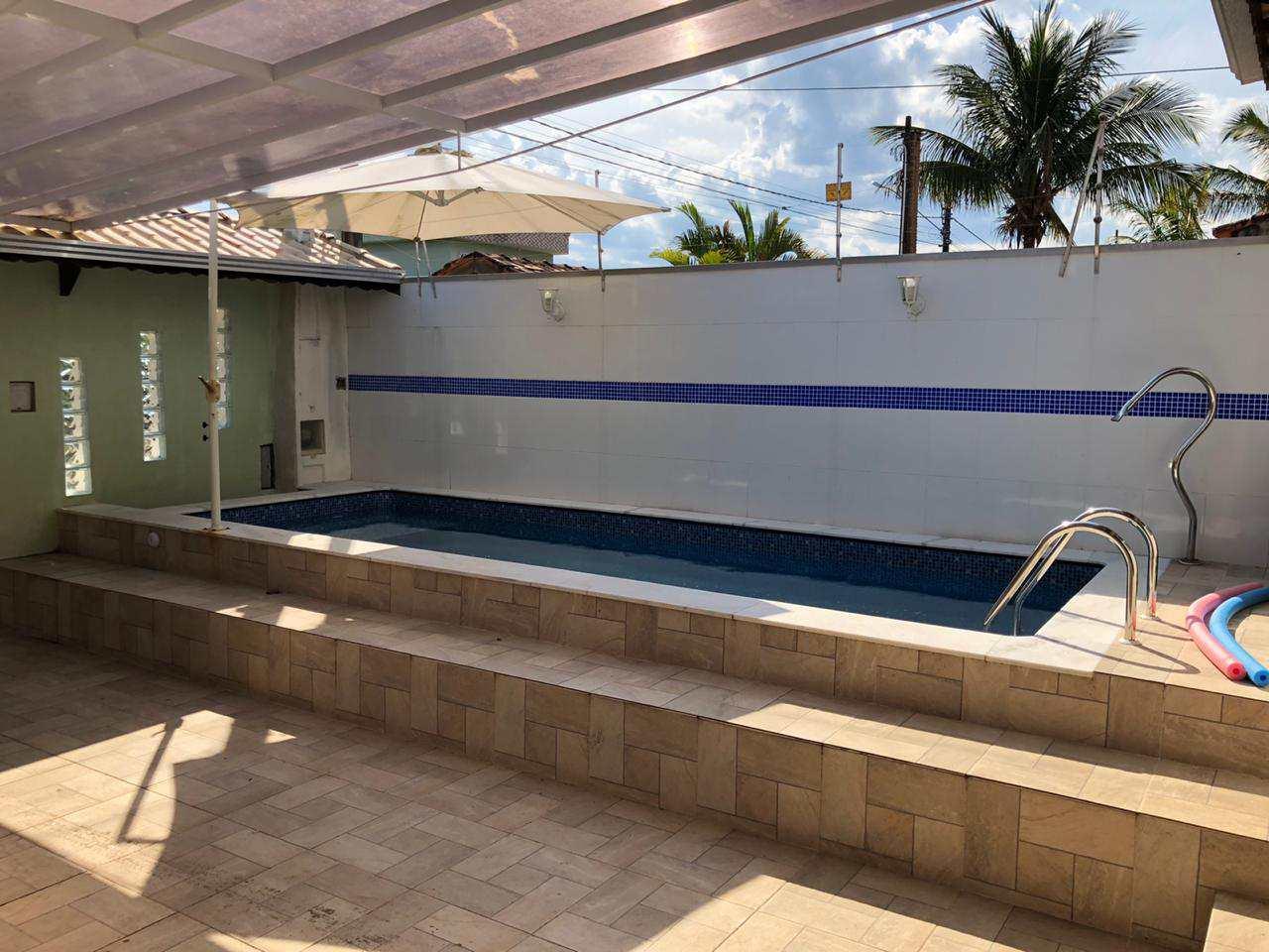 Casa com 2 dorms, Jardim Grandesp, Itanhaém - R$ 269 mil, Cod: 194