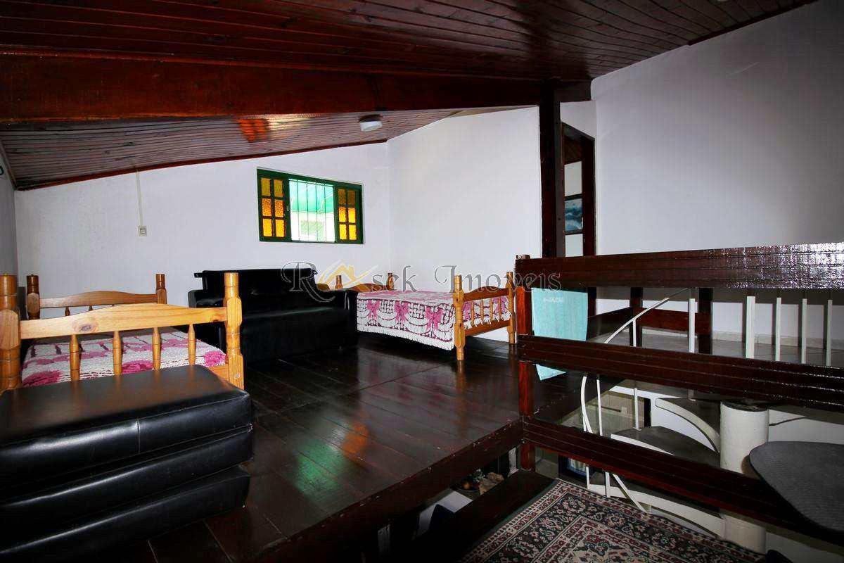 Casa com 3 dorms, Savoy, Itanhaém - R$ 349.900,00, 120m² - Codigo: 286