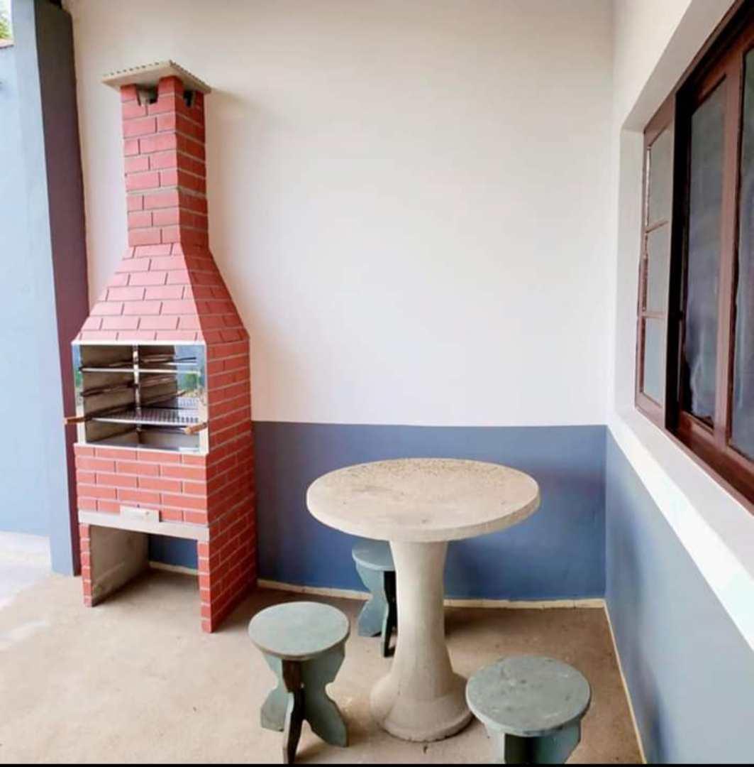 Casa com 3 dorms, Jardim Santa Terezinha, Itanhaém - R$ 319 mil, Cod: 463