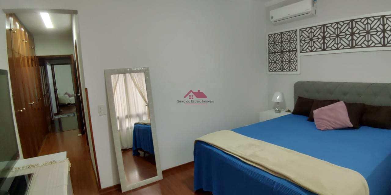 Apartamento com 3 dorms, Gonzaga, Santos - R$ 949 mil, Cod: SEI309