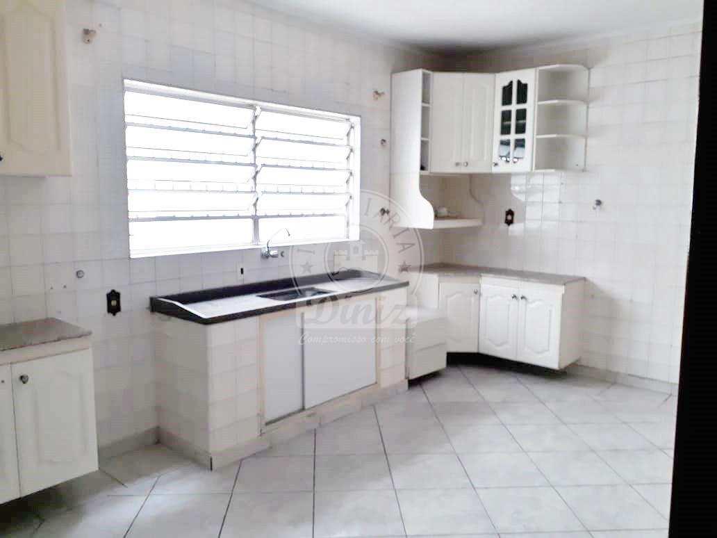 Sobrado com 3 dorms, Santa Maria, São Caetano do Sul - R$ 850 mil, Cod: 2007