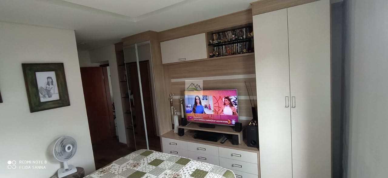 Apartamento com 3 dorms, Arcádia, Conselheiro Lafaiete - R$ 450 mil, Cod: SN202032