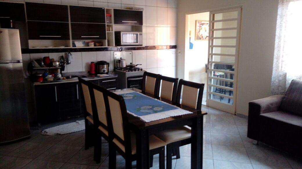 Casa com 4 dorms, Jatobá, Pouso Alegre - R$ 290.000,00, 362m² - Codigo: 91