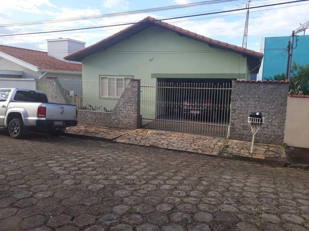 Casa com 3 dorms, INATEL, Santa Rita do Sapucaí - R$ 650 mil, Cod: 247