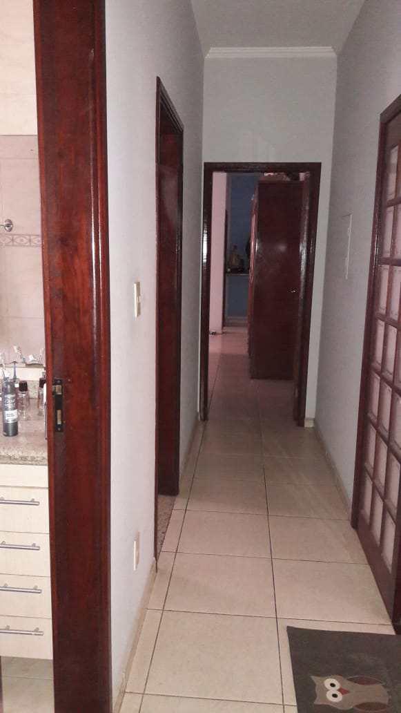 Casa, Cruzeiro Sul, Pouso Alegre - R$ 580 mil, Cod: 275