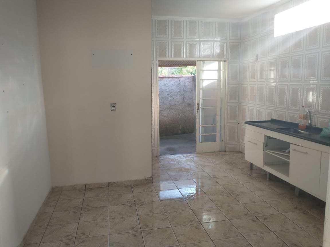 Casa com 3 dorms, Loteamento Por Sol, Santa Rita do Sapucaí - R$ 200 mil, Cod: 34