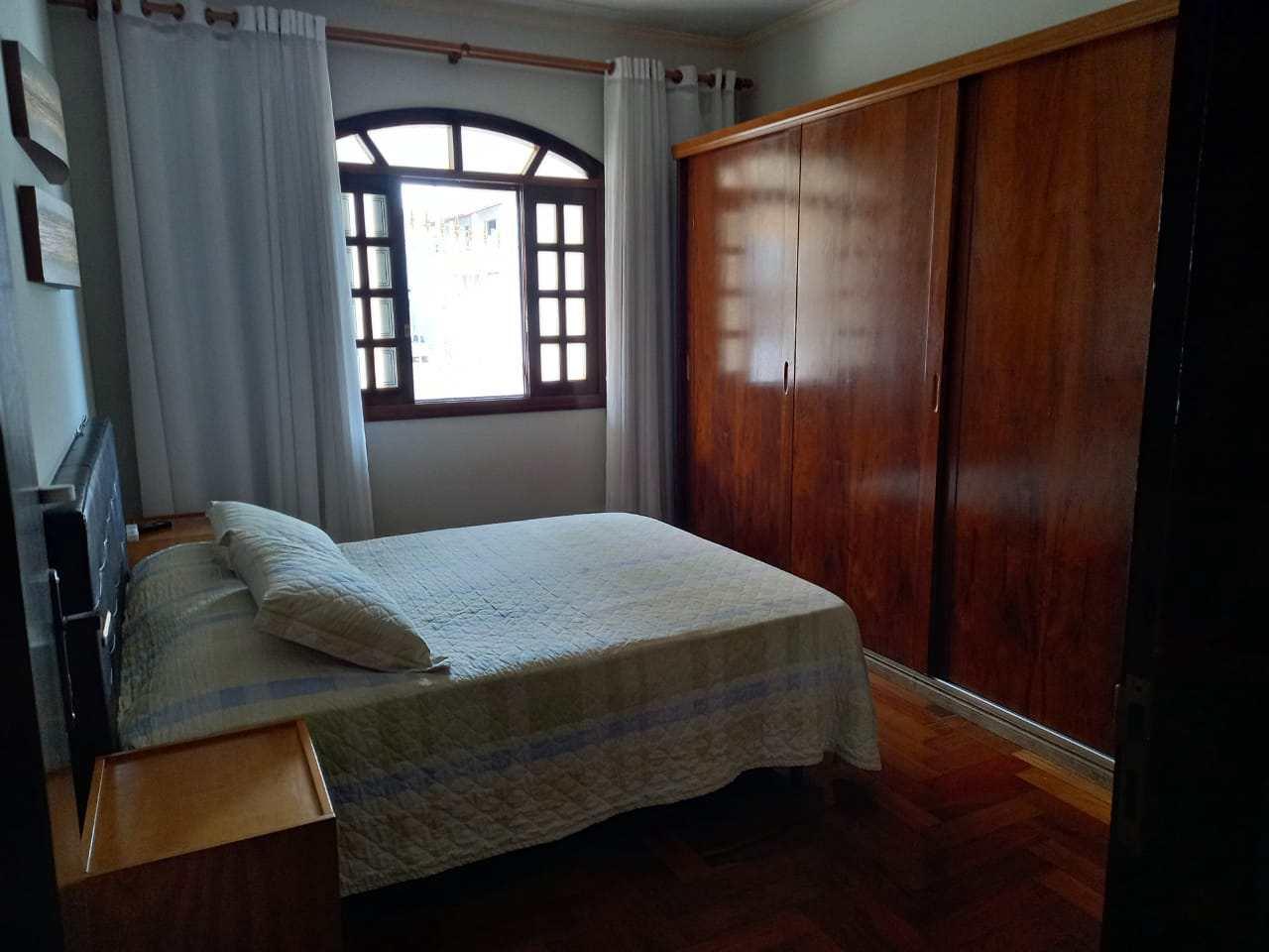 Casa com 3 dorms, Fernandes, Santa Rita do Sapucaí - R$ 430 mil, Cod: 46