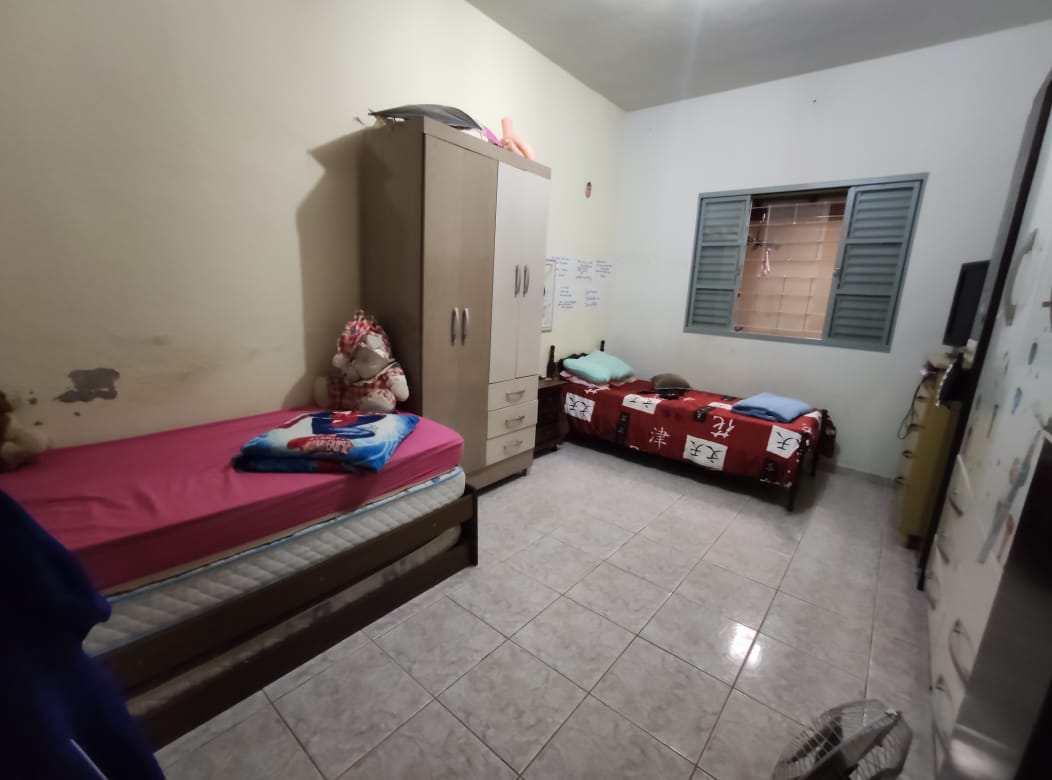 Casa com 2 dorms, Loteamento Por Sol, Santa Rita do Sapucaí - R$ 215 mil, Cod: 57
