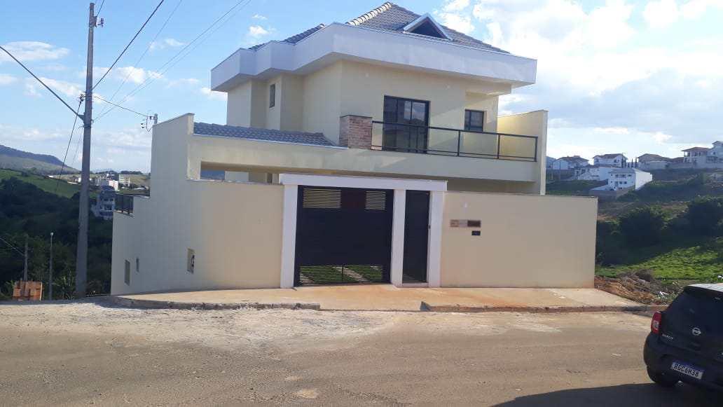 Casa com 3 dorms, Santana II, Santa Rita do Sapucaí - R$ 520 mil, Cod: 58