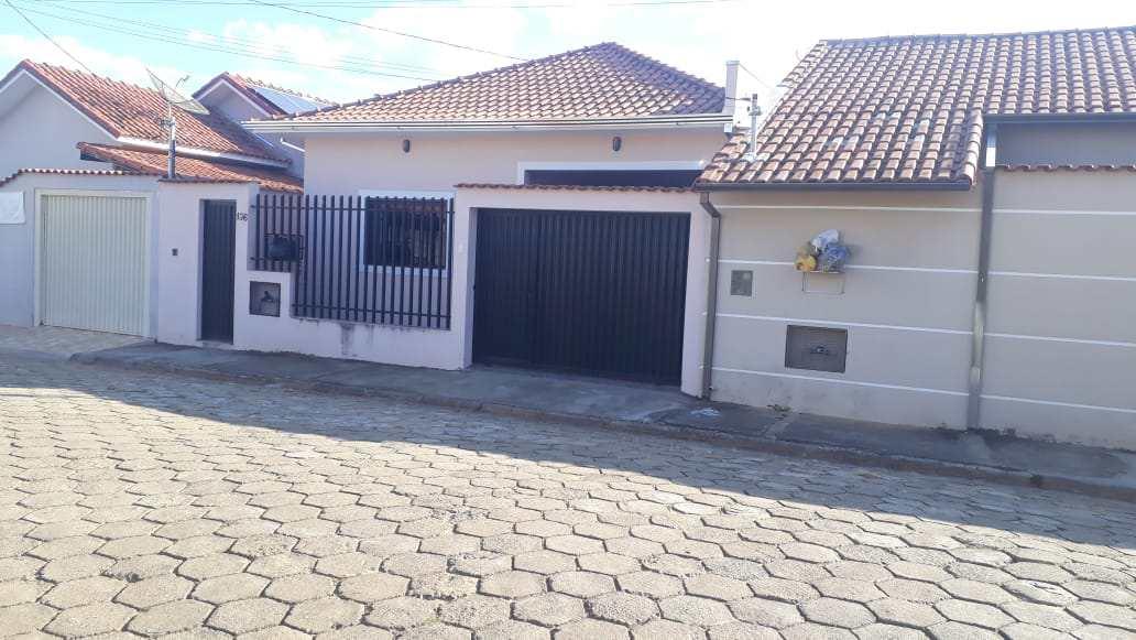 Casa com 3 dorms, Monte Verde, Santa Rita do Sapucaí - R$ 320 mil, Cod: 59