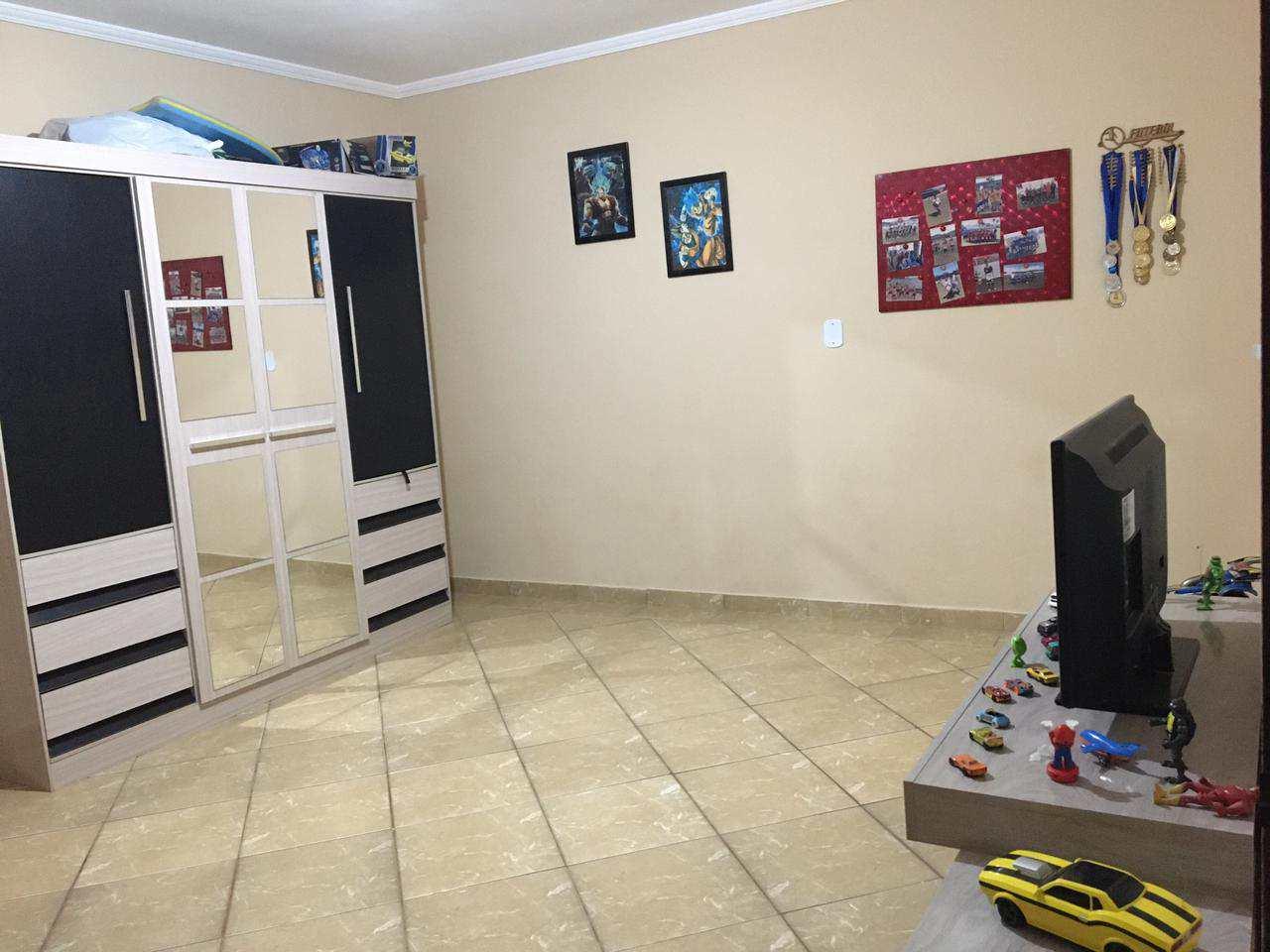 Casa com 3 dorms, Conjunto Pedro Sancho, Santa Rita do Sapucaí - R$ 170 mil, Cod: 196
