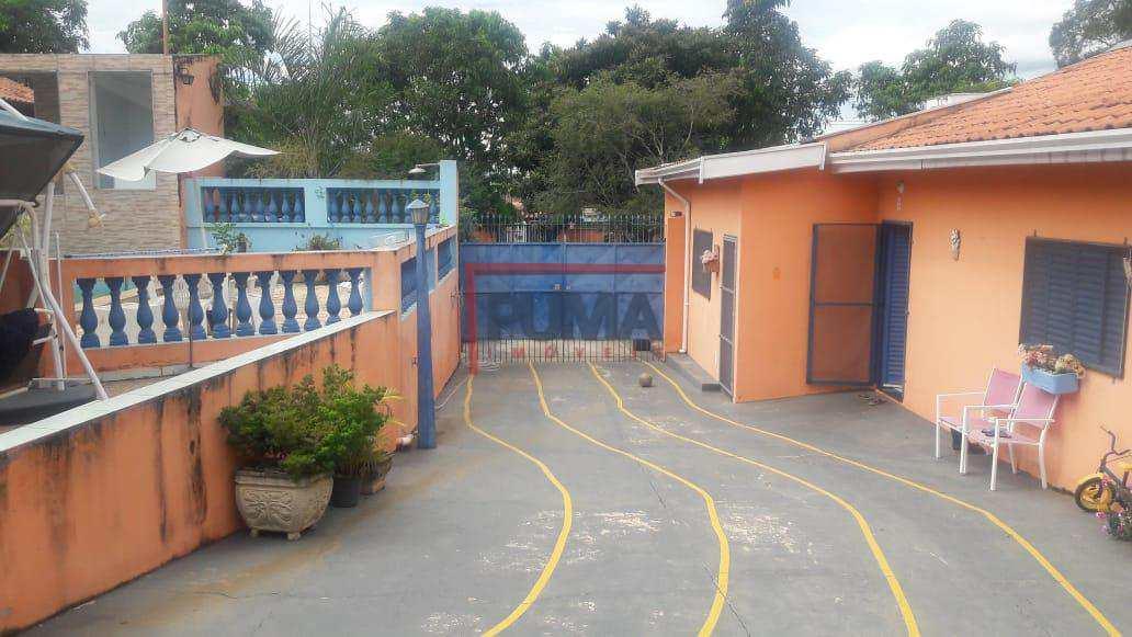 Chácara com 5 dorms, Estância Lago Azul (Ártemis), Piracicaba - R$ 800 mil, Cod: 495