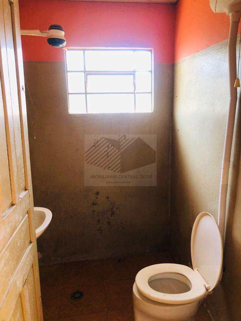 Casa com 3 dorms, Centro, Tatuí - R$ 400 mil, Cod: 543