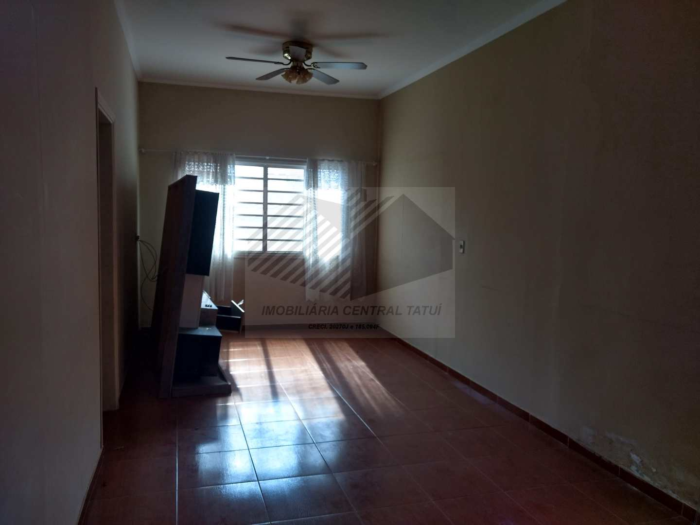 Casa com 3 dorms, Centro, Tatuí, Cod: 563
