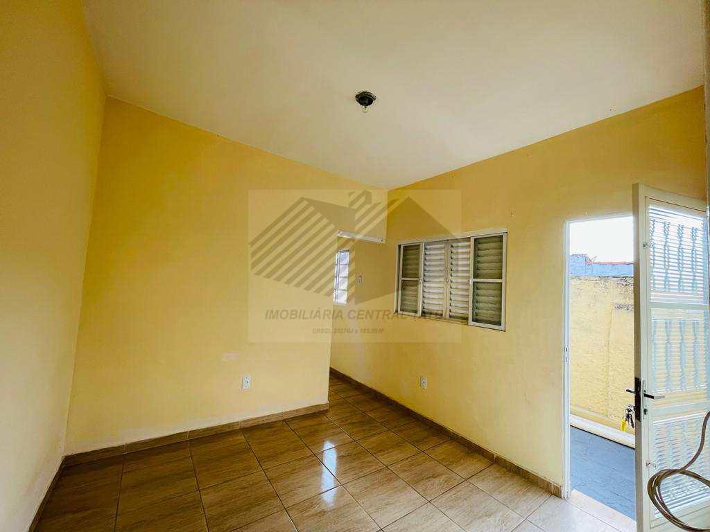Casas com 2 dorms, Centro, Tatuí - R$ 550 mil, Cod: 627