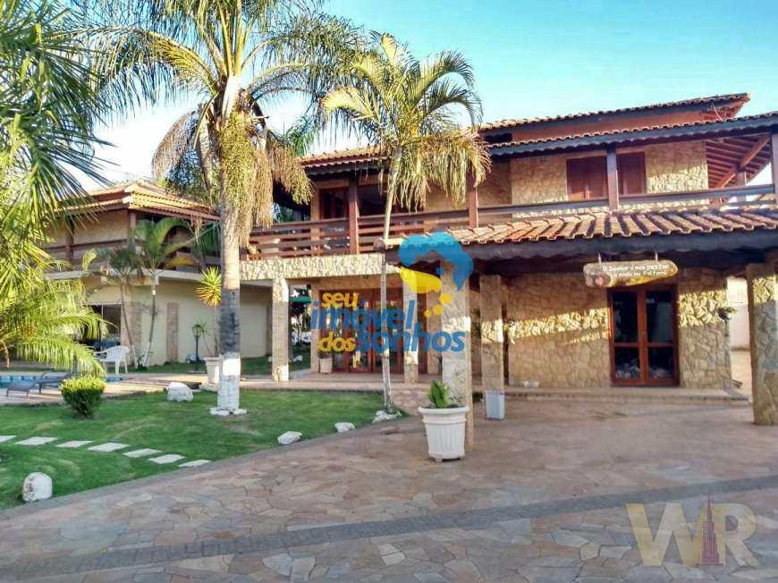 Casa com 9 dorms, Parque das Hortências, Bom Jesus dos Perdões - R$ 1.2 mi, Cod: 53