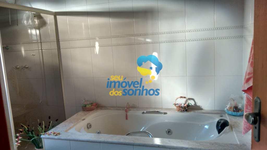 Casa com 3 dorms, Chácaras São Conrado, Bragança Paulista - R$ 1.3 mi, Cod: 71