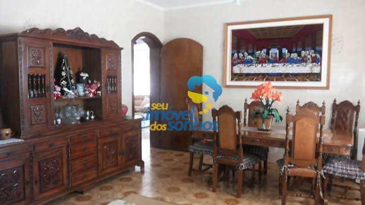 Sítio com 6 dorms, Centro, Pinhalzinho - R$ 2 mi, Cod: 92