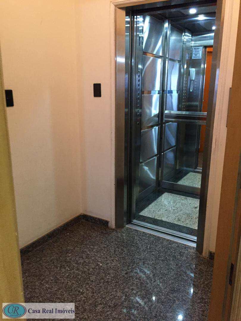 elevador privativo