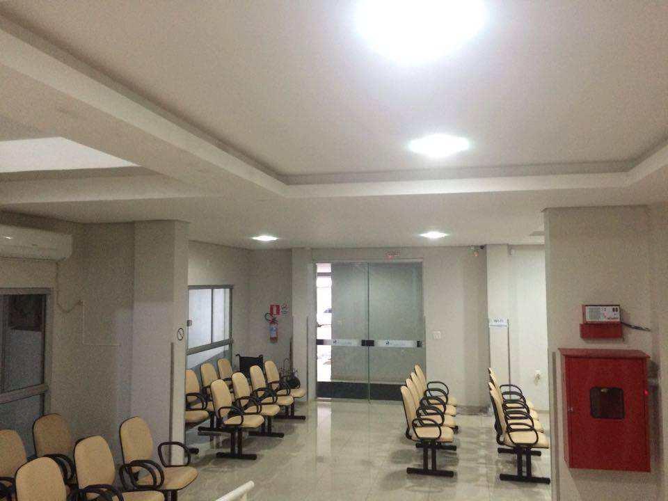 Sala, Centro, Três de Maio - R$ 295 mil, Cod: 125