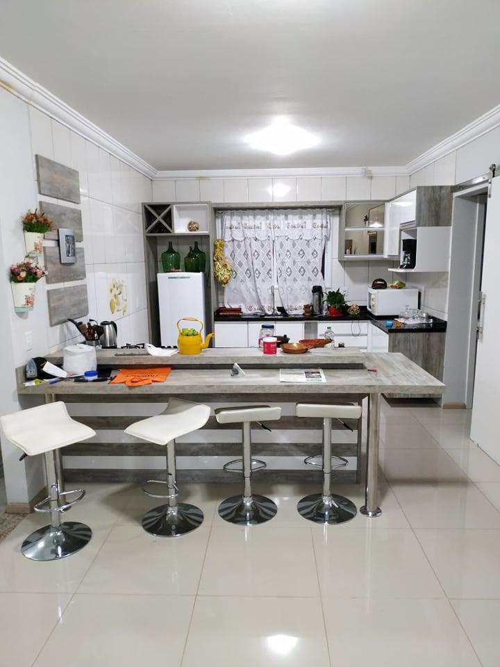 Casa com 2 dorms, Bairro Jardim das Acácias, Três de Maio - R$ 310 mil, Cod: 158