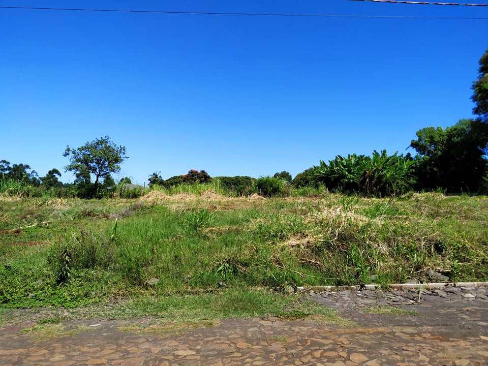 Terreno, Bairro Medianeira, Três de Maio - R$ 90 mil, Cod: 222
