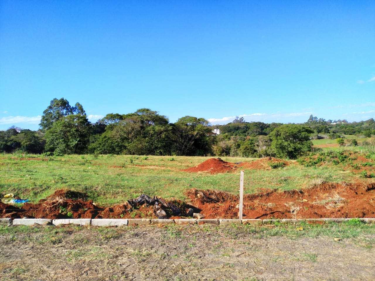 Terreno, Bairro Medianeira, Três de Maio - R$ 132 mil, Cod: 258