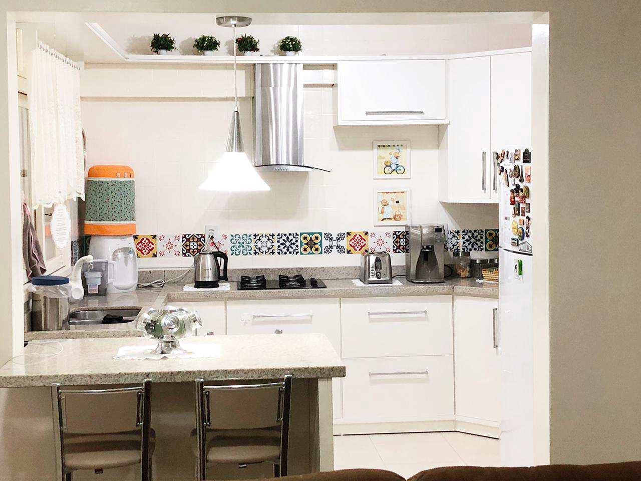 Apartamento com 3 dorms, Bairro Planalto, Três de Maio - R$ 360 mil, Cod: 306