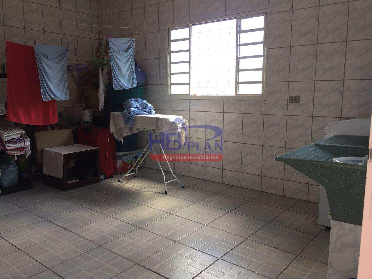 Casa com 3 dorms, Jardim Novo Horizonte, Jandira - R$ 450 mil, Cod: 247