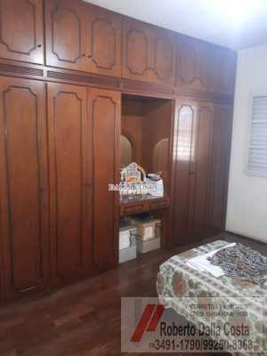 Sobrado com 4 dorms, Centro, Capivari - R$ 1.6 mi, Cod: 66