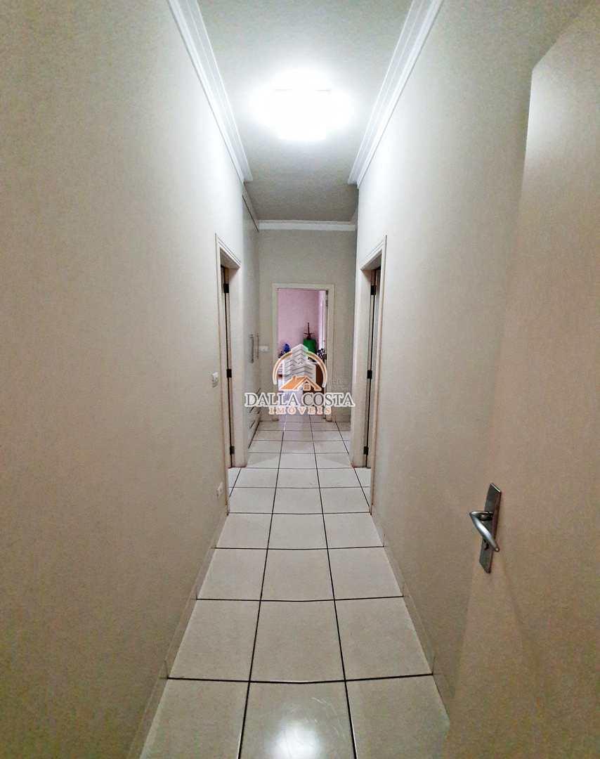 Sobrado com 3 dorms, Centro, Capivari - R$ 1.5 mi, Cod: 122