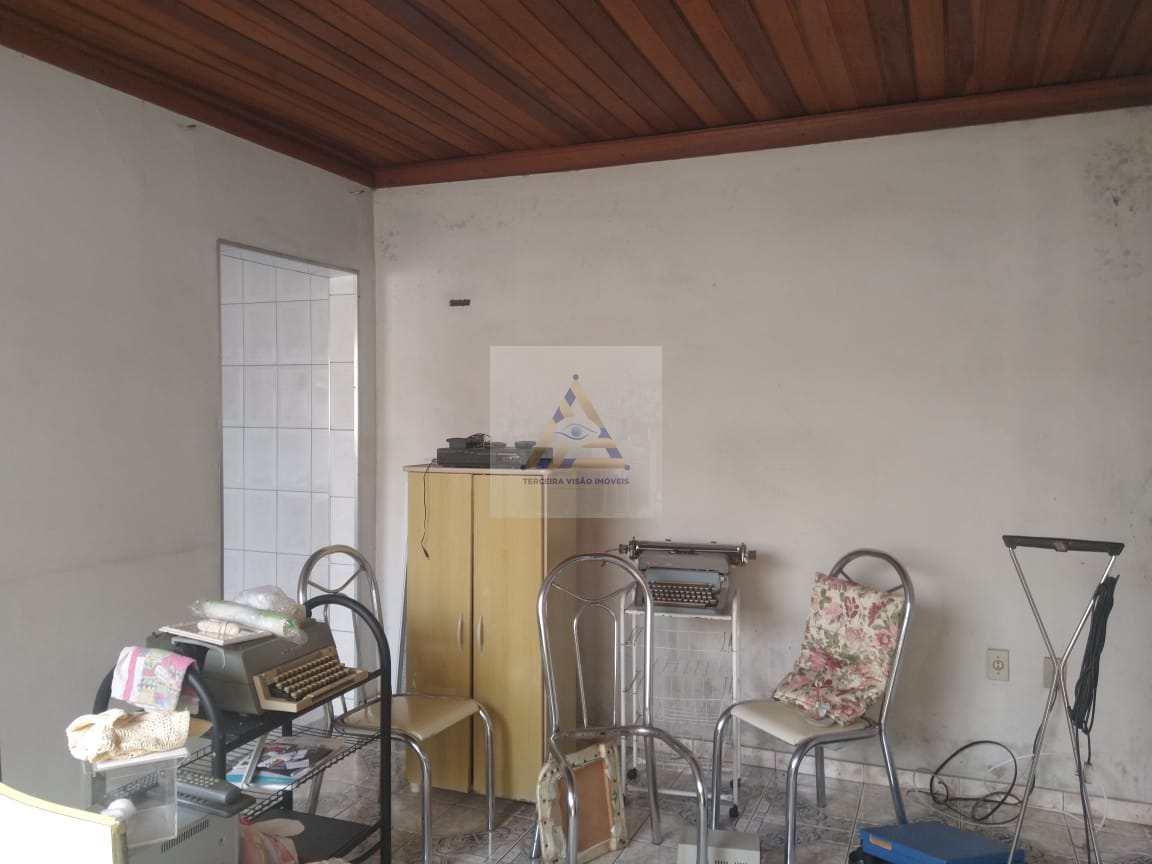 Casa com 3 dorms, Jardim Ponte Grande, Mogi das Cruzes - R$ 375 mil, Cod: 228