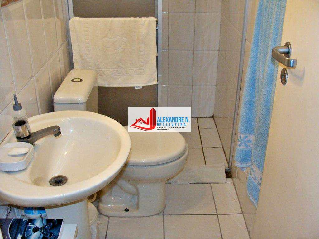 Apartamento 2 dorms, Ocian, Praia Grande, R$ 220 mil, AP00219