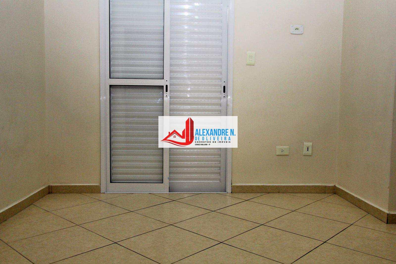 Apto 2 dorms, Guilhermina, Praia Grande, R$ 350 mil, AP00501.