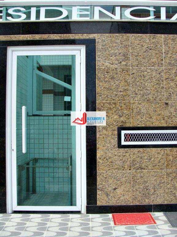Vista ao mar, 2 dorms, Ocian, Praia Grande, R$ 300 mil, AP00485