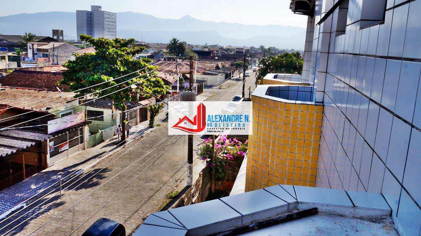 Kitão com sacada, garagem, elevador, Ocian, R$ 120 mil, KT00021