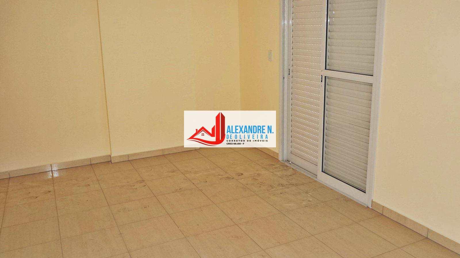 Vista-mar, 2 dorms, Ocian, Praia Grande, R$ 260 mil, AP00149