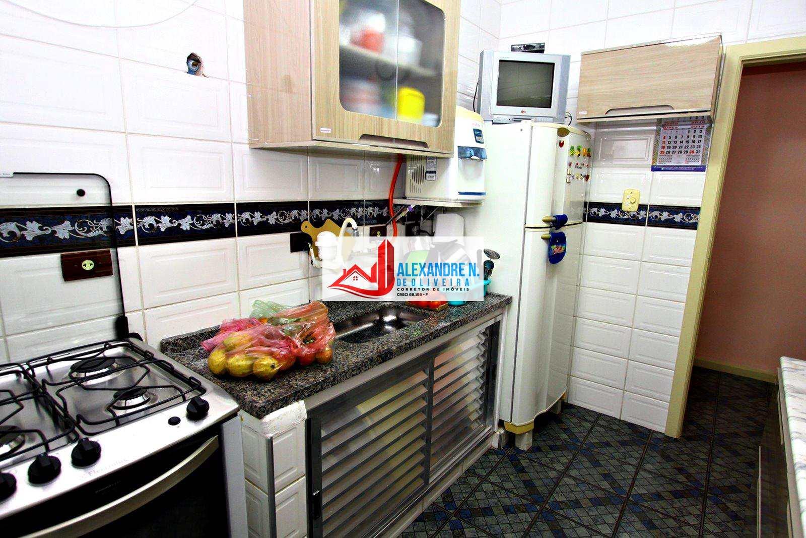 Frente-mar, 2 dorm, Tupi, Praia Grande, R$ 300 mil, AP00438