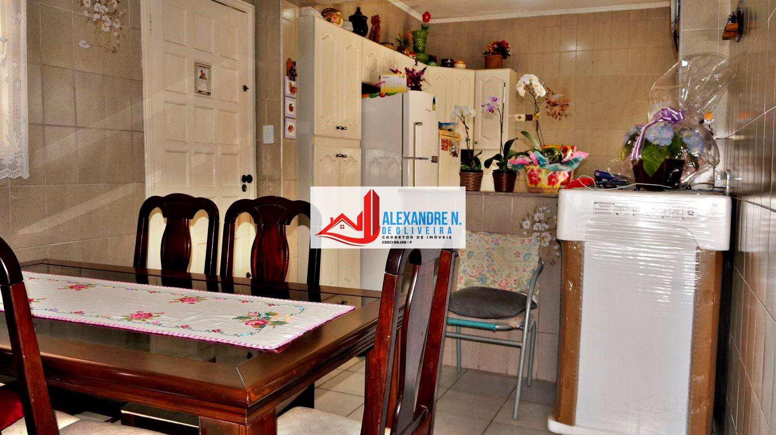 Casa geminada 2 dorms, Ocian, Praia Grande, R$ 250 mil, CA00010