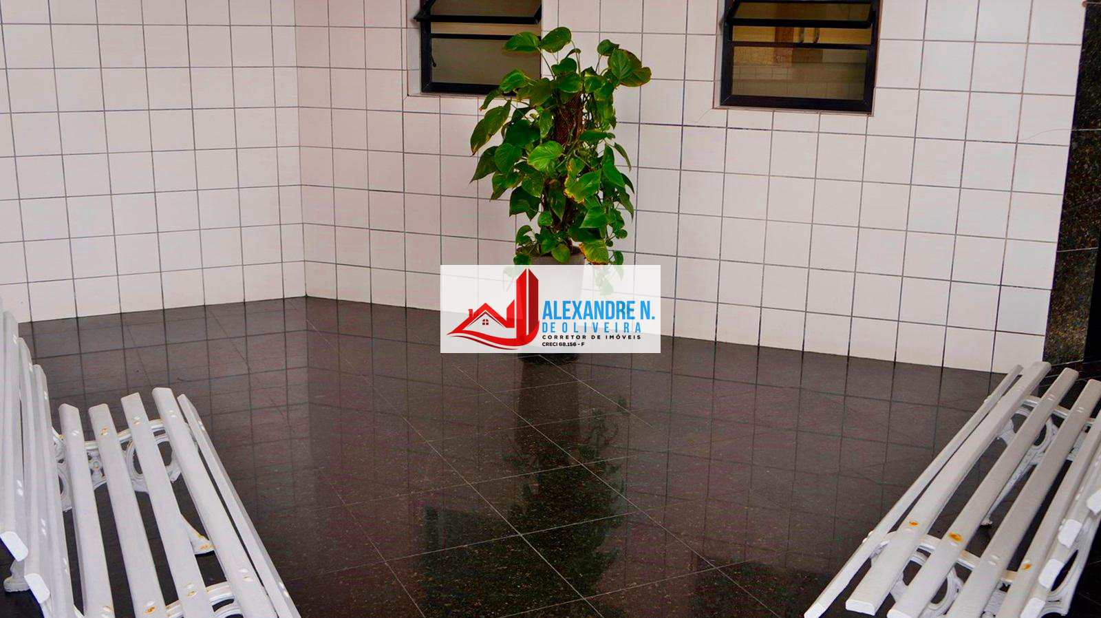 Apartamento 1 dorm, Ocian, Praia Grande - R$ 150 mil, AP00523.
