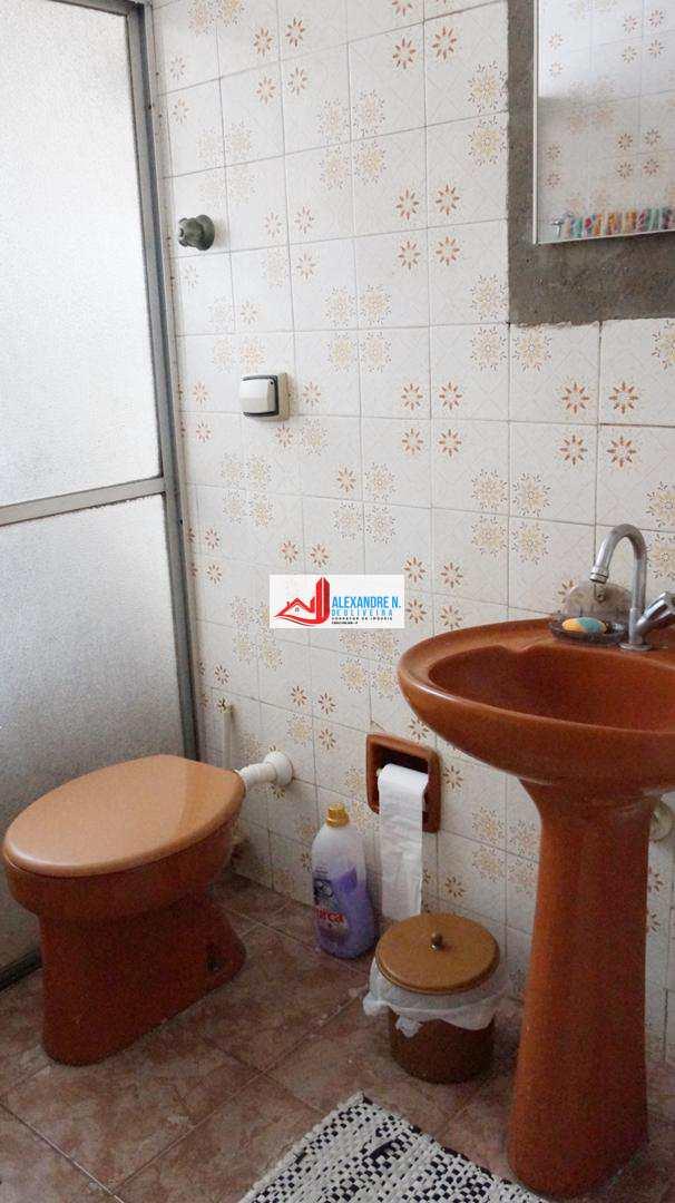 Casa 2 dorms, 3 vagas, Ocian, Praia Grande, R$ 240 mil, CA00012
