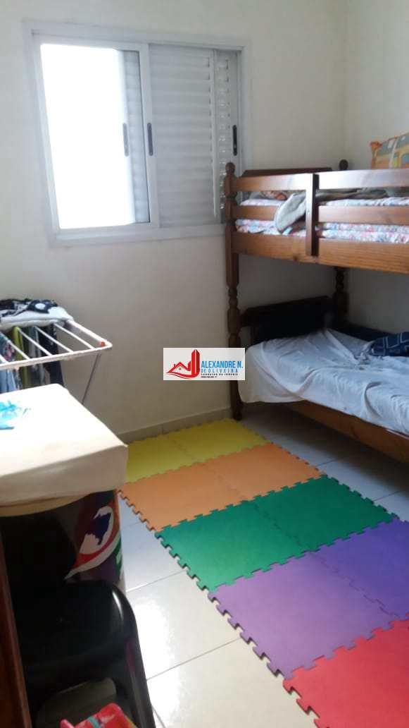 Frente mar, 2 dorms, Maracanã, Praia Grande, R$ 260 mil AP00638