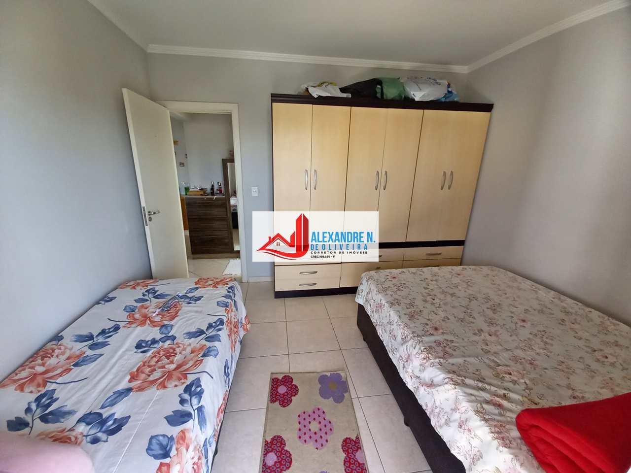 Apartamento 1 dorm, Tupi, Praia Grande - R$ 200 mil, AP00742