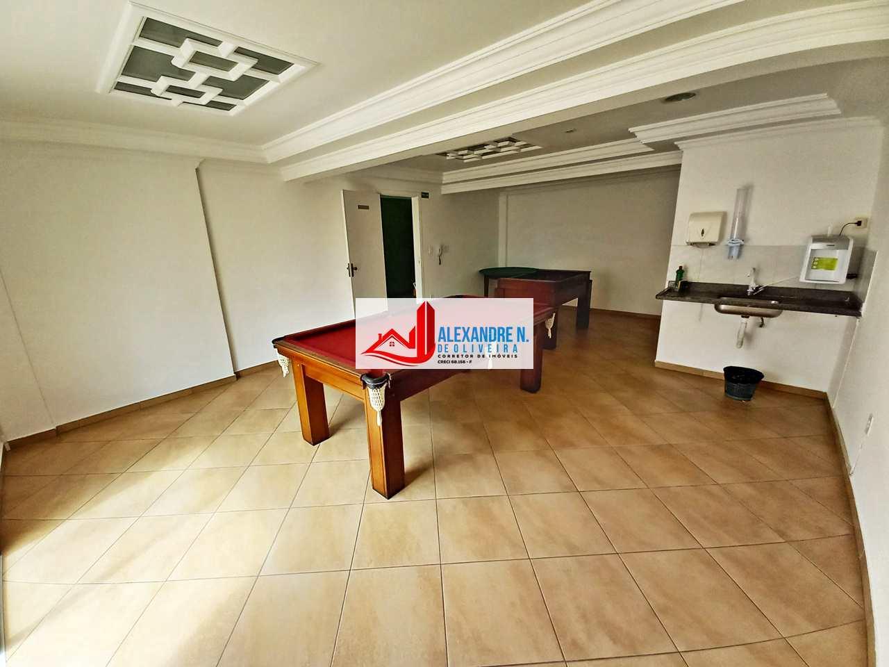 Vista-mar, 2 dorms, Ocian, Praia Grande - R$ 250 mil, AP00748