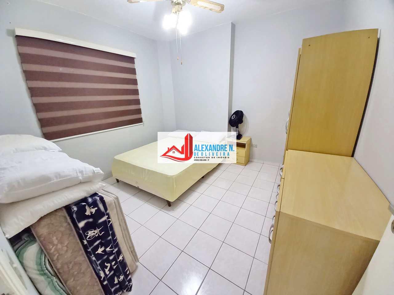 Vista mar, 1 dorm, Ocian, Praia Grande - R$ 180 mil, AP00773