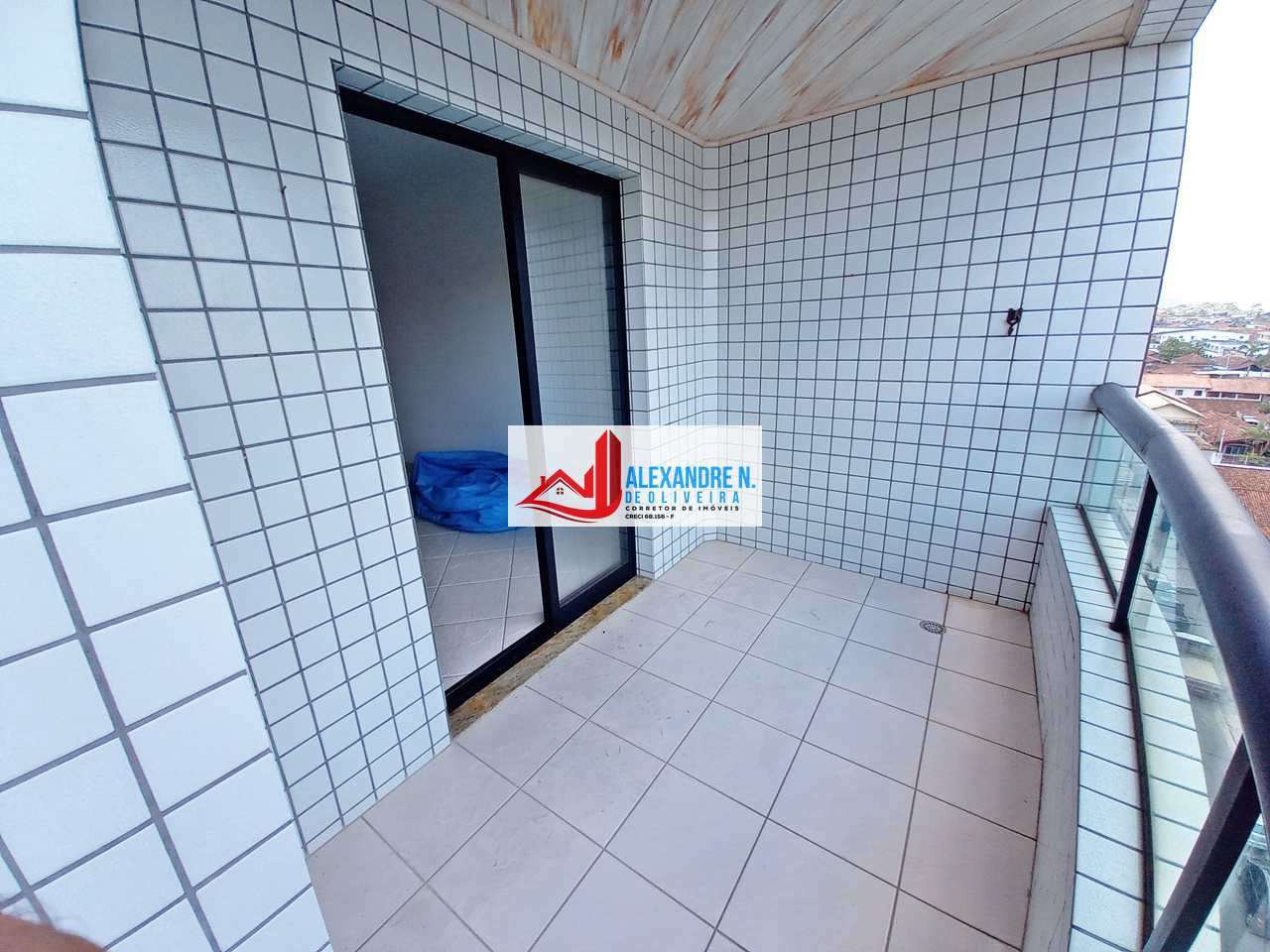 Vista mar, 2 dorms, Ocian, Praia Grande - R$ 250 mil, AP00776