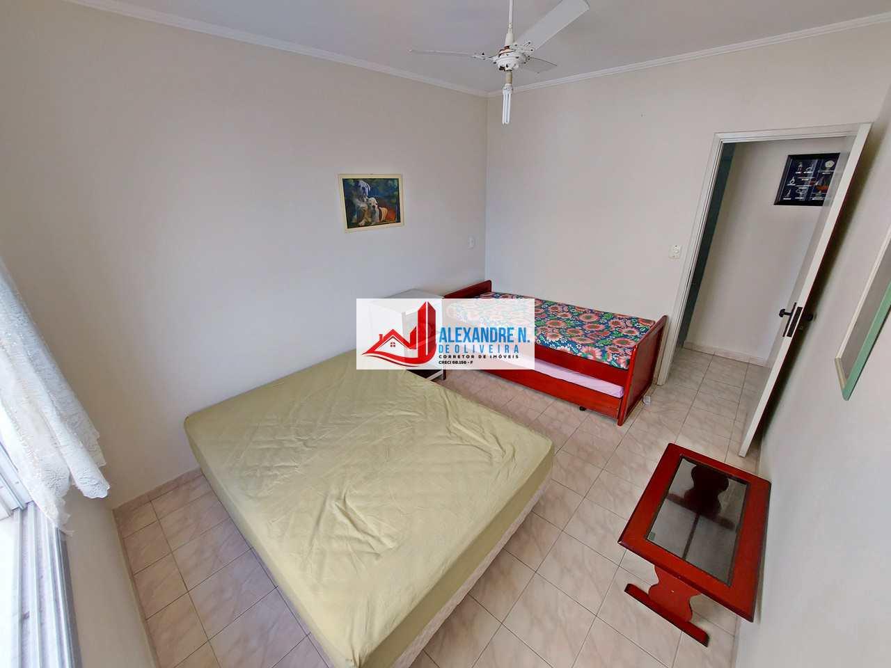 Vista mar, 2 dorms, Ocian, Praia Grande - R$ 195 mil, AP00791