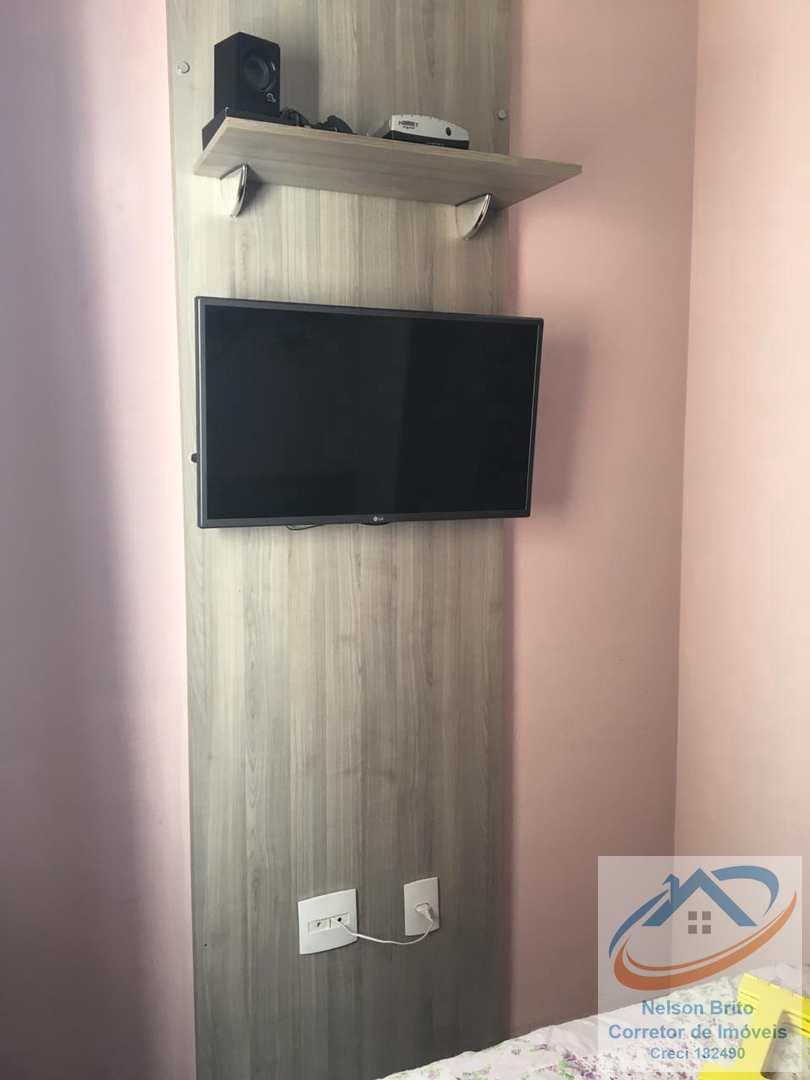 Apartamento com 2 dorms, Vila Curuçá, Santo André - R$ 210 mil