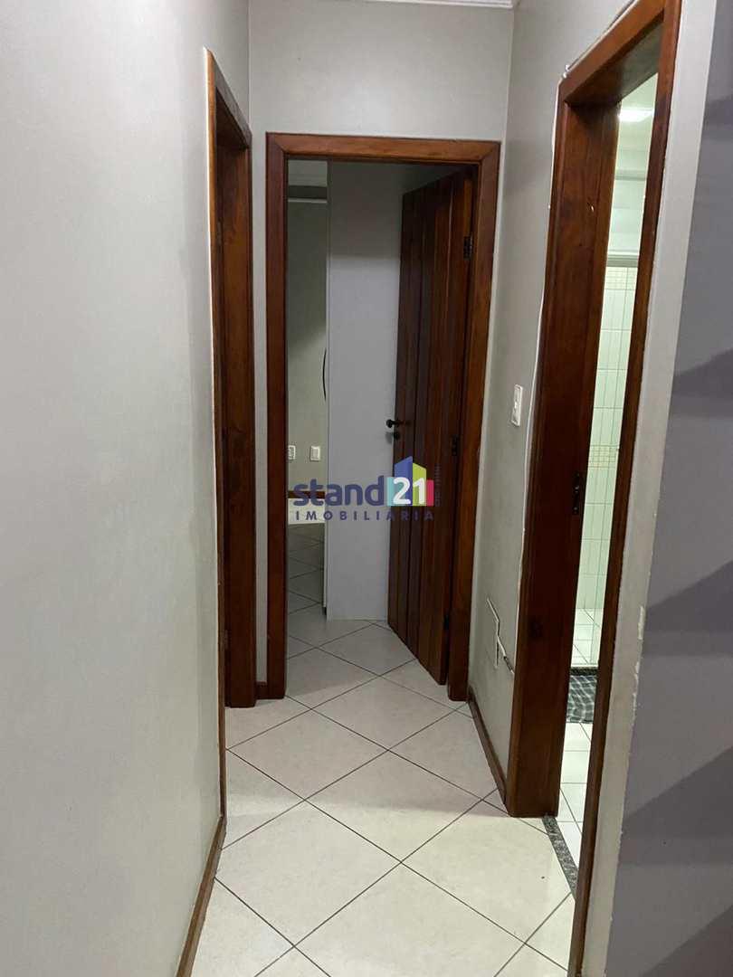 Apartamento com 3 dorms, Centro, Itabuna - R$ 190 mil, Cod: 601