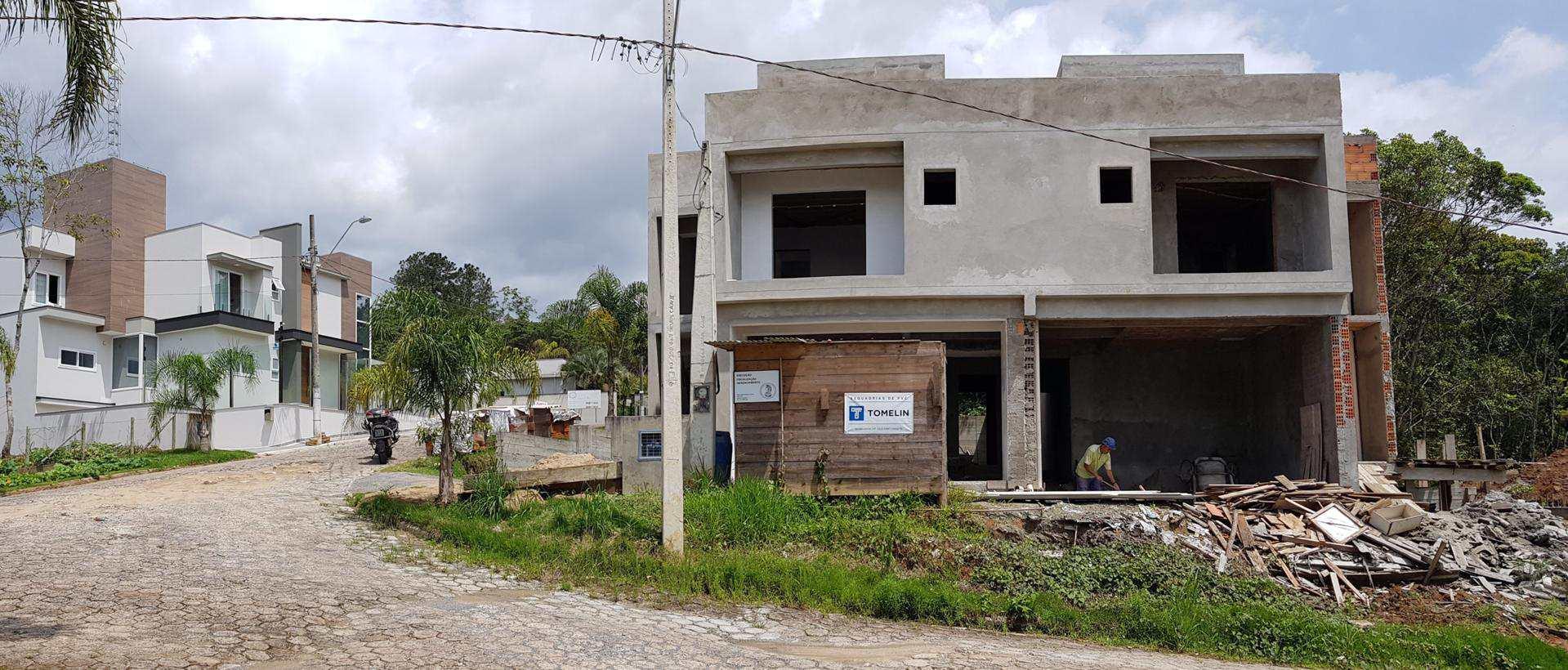 Sobrado, Ponta Aguda, Blumenau - R$ 692.000,00, 194m² - Codigo: 18